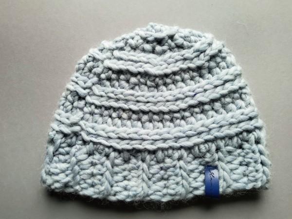 Mütze MAC hellblau reine Wolle Gr. M gehäkelt