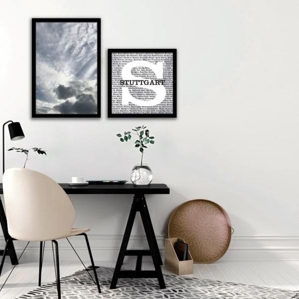 Leinwandbilder CITY LETTER STUTTGART + CLOUDS 2-teiliges Set auf Keilrahmen mit Dekorrahmen schwarz