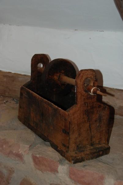 Alte SPINNSCHACHTEL - Holz, original, antik